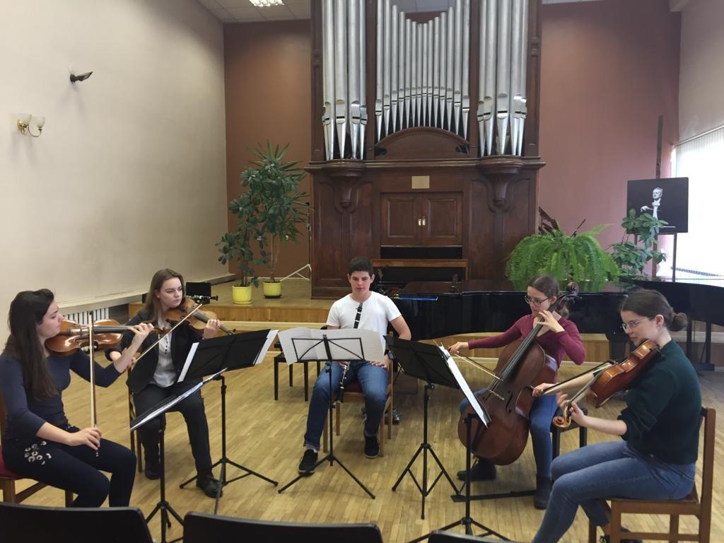 קונצרט מרכז המוזיקה בליטא