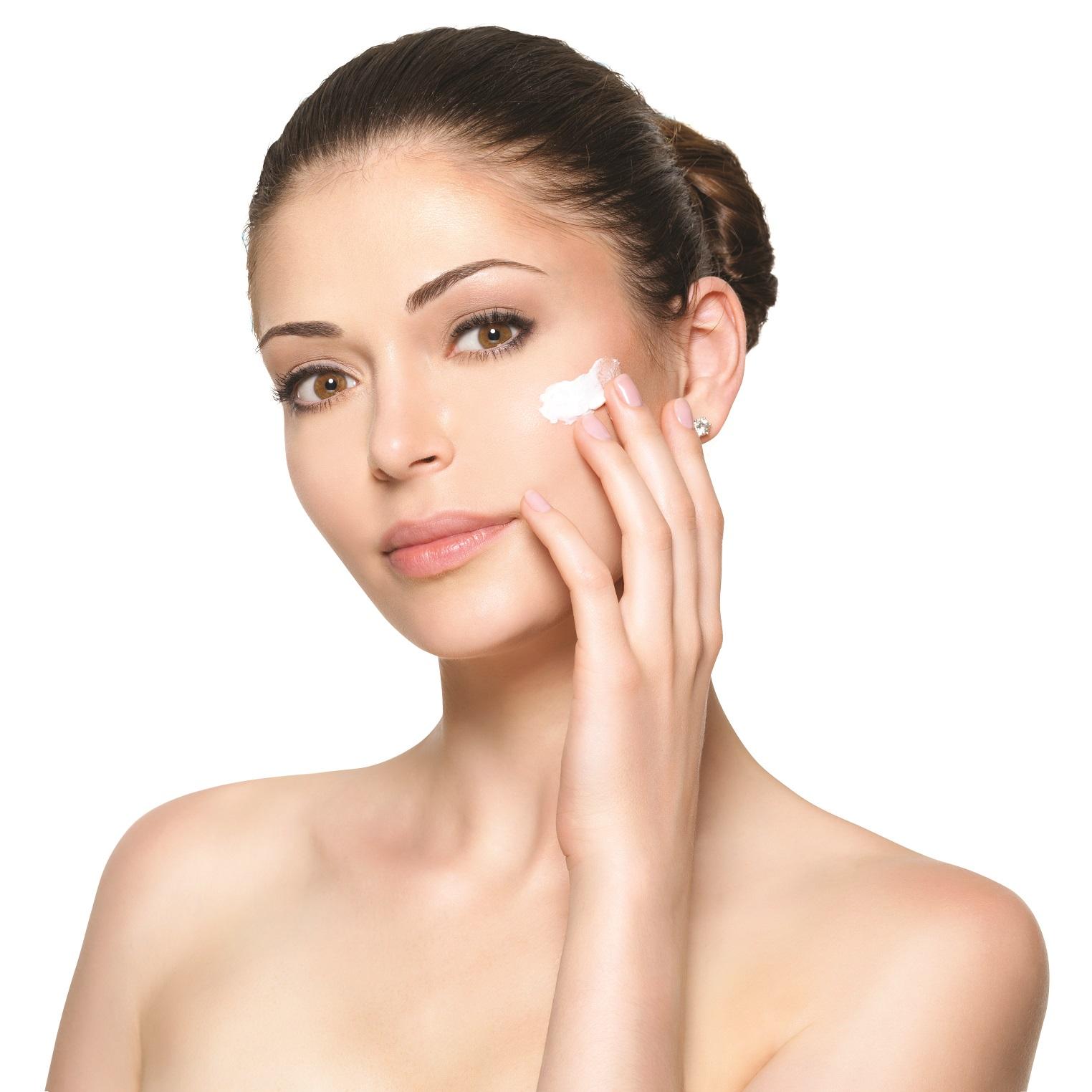 טיפים חשובים לקיץ לשמירה על עור הפנים והגוף