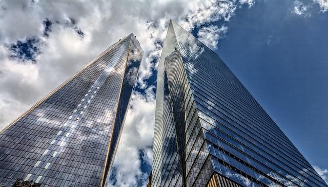 גם לבית וגם לעסק: היתרון הגדול של חברת האחזקה