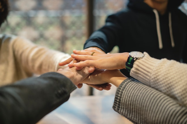 איך ניתן לצמצם את תחלופת העובדים בארגון?