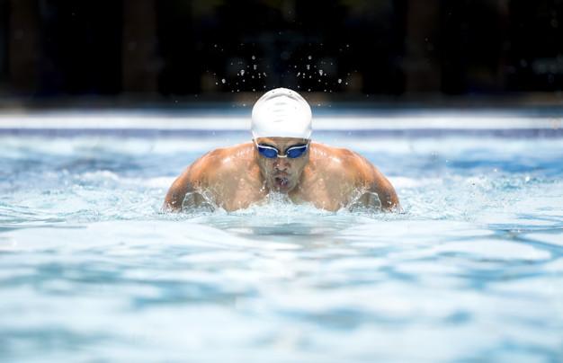 הבגד שעושה את השחייה – בגדי ים ארנה