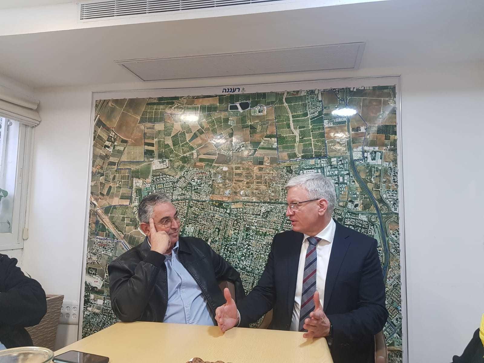 עשור לחתימת הסכם הערים התאומות רעננה -פוזנן