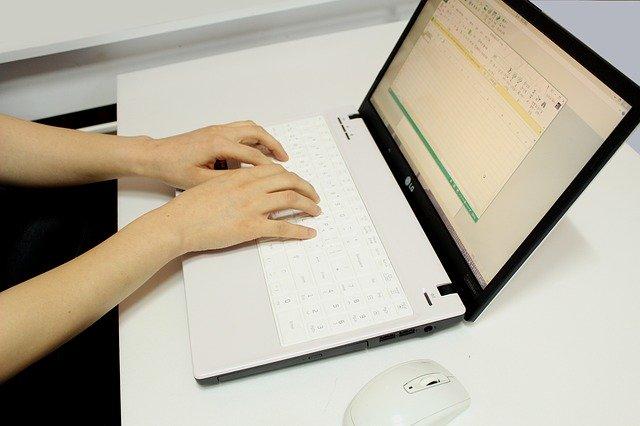 איך לנצח את התואר – כתיבה אקדמית למתחילים?