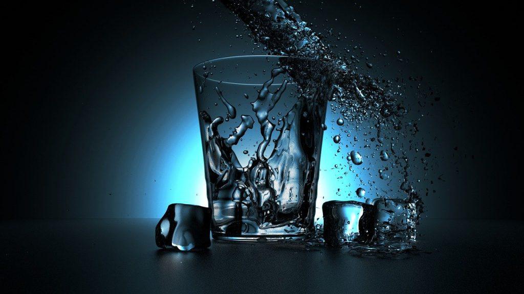שותים מים כל השנה