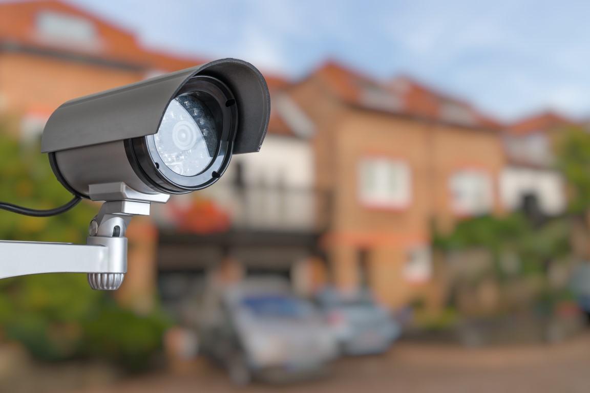 מצלמות אבטחה בבית ספר – יתרונות וחסרונות